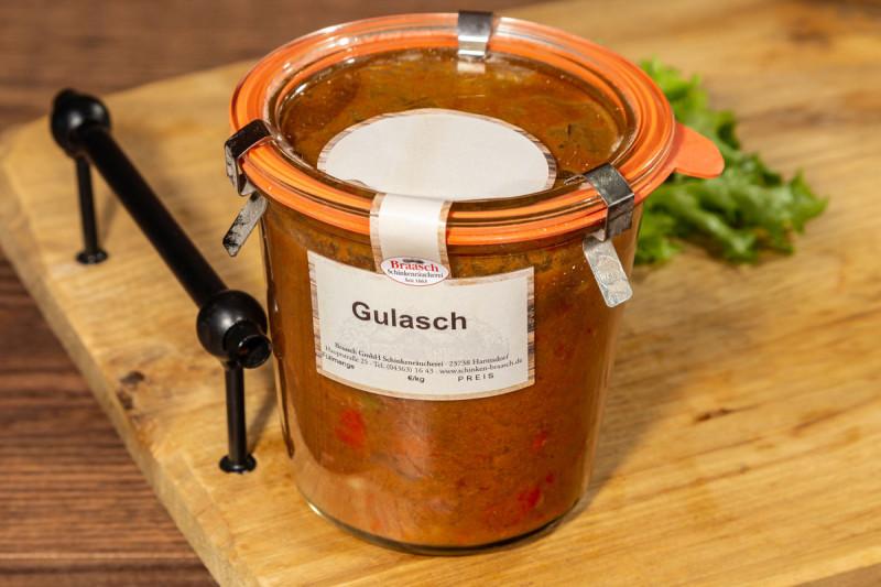 Gulasch mit Paprika im Glas